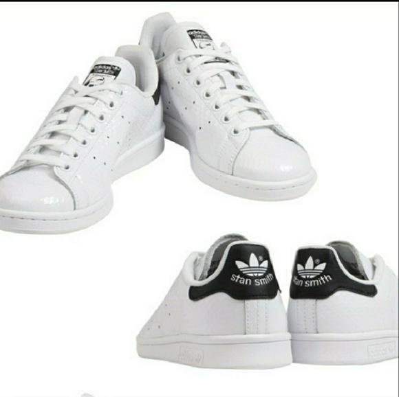 Le adidas nuovo stan smith originali in nero sz 75 poshmark